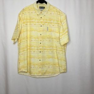 Columbia Men's Yellow Short Sleeve Shirt Size XL